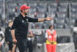 epa06120272 German head coach Juergen Klopp of FC Liverpool reacts during the Audi Cup soccer semi final match FC Bayern Munich vs FC Liverpool in Munich, Germany, 01 August 2017.  EPA/CHRISTIAN BRUNA