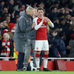 """Özil ylpeä saadessaan pelata Wengerin valmennuksessa """"Kaikki haluavat pelata hänen alaisuudessaan"""""""