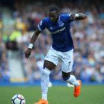 Aston Villa haluaa Evertonin Yannick Bolasien riveihinsä