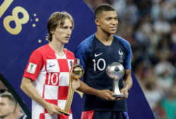 4.07659088 Luka Modric of Croatia, adidas Golden Ball Award winner ( Best player of the World Cup 2018 ) and Kylian Mbappe of France, FIFA Young Player Award ( Best young player of the World Cup 2018 ) after the 2018 FIFA World Cup Russia, final football match between France and Croatia on July 15, 2018 at Luzhniki Stadium in Moscow, Russia - Photo Thiago Bernardes / FramePhoto / DPPI  IBL
