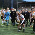 Alasarjajojen jättiläinen: Vantaan Jalkapalloseura tuplamestaruuden myötä kakkoseen