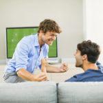 Valioliigakauden alku lähestyy – Voita suosikkijoukkueesi pelipaita ja kaulahuivi