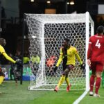 Carragher ei ollut tyytyväinen Kloppin valintaan Watford-tappiossa – Van Dijkin mukaan tappioton kausi ei ollut Liverpoolin tavoitteena