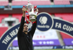 epa08579628 Arsenal?s head coach Mikel Arteta celebrates with the trophy after the English FA Cup final between Arsenal London and Chelsea FC at Wembley stadium in London, Britain, 01 August 2020.  EPA-EFE/Cath Ivill/NMC/Pool EDITORIAL USE ONLY. No use with unauthorized audio, video, data, fixture lists, club/league logos or 'live' services. Online in-match use limited to 120 images, no video emulation. No use in betting, games or single club/league/player publications.