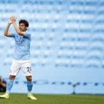 """Man City -legenda David Silva siirtymässä Italiaan – isä paljasti: """"Hän kertoi voivansa pelata siellä 40-vuotiaaksi asti"""""""