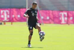 FC Bayern Muenchen Training And press conference, PK, Pressekonferenz MUNICH, GERMANY - AUGUST 07: Thiago Alcantara juggles with the ball during a Bayern Muenchen training session ahead of their UEFA Champions League round of 16 second leg match against Chelsea FC at Saebener Strasse training ground on August 07, 2020 in Munich, Germany. Photo by M. Donato/FC Bayern Munich Saebener Strasse training ground Bavaria Germany *** FC Bayern Muenchen Training And Press Conference MUNICH, GERMANY AUGUST 07 Thiago Alcantara juggles with the ball during a Bayern Muenchen training session ahead of their UEFA Champions League round of 16 second leg match against Chelsea FC at Saebener Strasse training ground on August 07, 2020 in Munich, Germany Photo by M Donato FC Bayern Munich Saebener Strasse training ground Bavaria Germany Poolfoto FC Bayern ,EDITORIAL USE ONLY