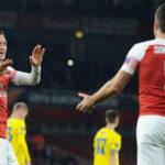 Viimeinen niitti! Mesut Özilillä ja Sokratis Papastathopoulosilla ei asiaa Arsenalin kokoonpanoon tällä kaudella