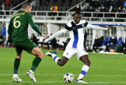Ireland's Conor Hourihane, left, vies for the ball with Finland's Glen Kamara, during the UEFA Nations League soccer match between Finland and Ireland at the Helsinki Olympic Stadium in Helsinki, Finland, Wednesday, Oct. 14, 2020. (Jussi Nukari/Lehtikuva via AP)  AMB805