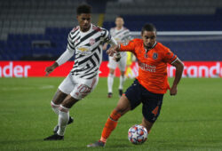 Basaksehir's Rafael, right, is challenged by Manchester United's Marcus Rashford during the Champions League group H soccer match between Istanbul Basaksehir and Manchester United at the Fatih Terim stadium in Istanbul, Wednesday, Nov. 4, 2020. (AP Photo)  HAS109