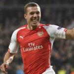 Mitä ihmettä? Arsenalin ex-hyökkääjä aikoo pelata jääkiekkoa Saksan pääsarjassa – fanit ostivat 100 000 lippua