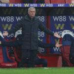 """Mourinho ei sulata kaksinaismoralismia koskien managerien huonoa käytöstä otteluiden aikana – """"Minua rankaistiin siitä aina"""""""