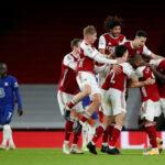 Manu ja Leicester pistejakoon värikkäiden vaiheiden jälkeen – Arsenal katkaisi voitottoman putkensa Chelsean kustannuksella